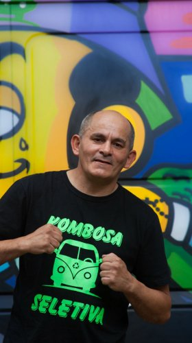 The Virada's People: how Bispo Catador uses garbage to change his life